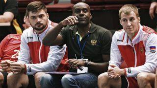 3223087 10/26/2017 Coach of the Russian team David Davis, center, during the 2019 Men's World Championship Qualification match between Russia and Slovakia. Alexei Danichev/Sputnik