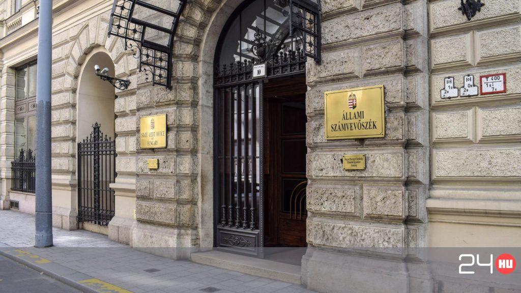 Állami Számvevőszék: Száz Régi Dolgozóját Küldi El Karácsony Előtt Az Állami