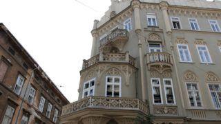 Krúdy Gyula első feleségével közös otthona, a Pekáry-ház harmadik emeleti, erkélyes lakása