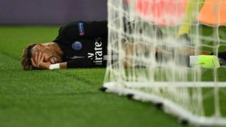 Paris Saint-Germain's Brazilian forward Neymar reacts on the football pitch during the UEFA Champions League Group C football match between Paris Saint-Germain and SSC Napoli at the Parc des Princes stadium, in Paris, on October 24, 2018. (Photo by FRANCK FIFE / AFP)