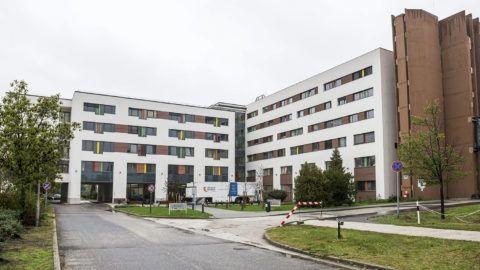 Tatabánya, 2015. október 14.A tatabányai Szent Borbála Kórház új, 5600 négyzetméteres központi épülete az átadás napján, 2015. október 14-én. A fejlesztés egy 5,8 milliárd forintos beruházás része, amely 2015 decemberében zárul.MTI Fotó: Bodnár Boglárka