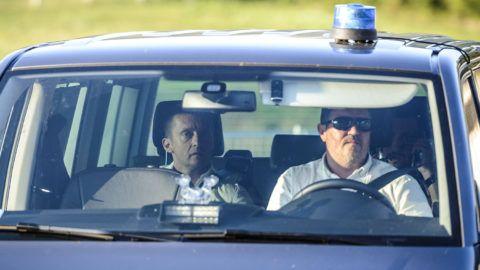 Balatonfüred, 2016. szeptember 7.Rogán Antal, a Miniszterelnöki Kabinetirodát vezető miniszter (b) érkezik a Fidesz-KDNP kihelyezett tanácskozásának helyszínére Balatonfüreden 2016. szeptember 7-én.MTI Fotó: Bodnár Boglárka