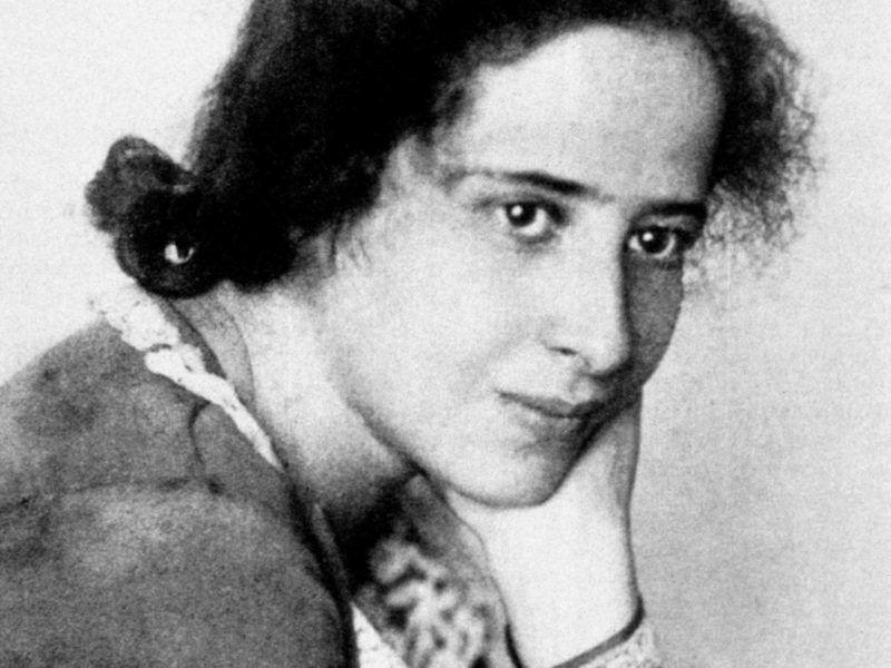 Portrait de Hannah Arendt (1906-1975), sociologue politique americaine d'origine allemande ©Effigie/Leemage