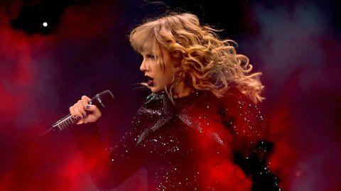 ARLINGTON, TX - OCTOBER 06:  Taylor Swift performs onstage during the reputation Stadium Tour at AT&T Stadium on October 6, 2018 in Arlington, Texas.  (Photo by Matt Winkelmeyer/TAS18/Getty Images for TAS)