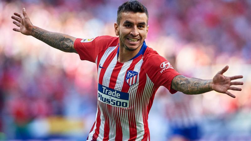 MADRID, SPAIN - OCTOBER 07:  Angel Correa of Club Atletico de Madrid celebrates after scoring his team's first goal during the La Liga match between Club Atletico de Madrid and Real Betis Balompie at Wanda Metropolitano on October 7, 2018 in Madrid, Spain.  (Photo by Quality Sport Images/Getty Images)
