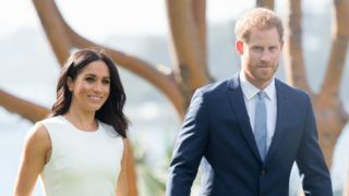 SYDNEY, AUSTRALIA - OCTOBER 16:  (NO UK SALES FOR 28 DAYS)  Prince Harry, Duke of Sussex and Meghan, Duchess of Sussex visit Admiralty House on October 16, 2018 in Sydney, Australia. The Duke and Duchess of Sussex are on their official 16-day Autumn tour visiting cities in Australia, Fiji, Tonga and New Zealand.  (Photo by Pool/Samir Hussein/WireImage)
