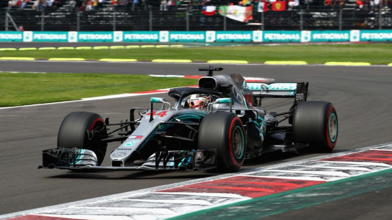 MEXICO CITY, MEXICO - OCTOBER 28: Lewis Hamilton of Great Britain driving the (44) Mercedes AMG Petronas F1 Team Mercedes WO9 on track during the Formula One Grand Prix of Mexico at Autodromo Hermanos Rodriguez on October 28, 2018 in Mexico City, Mexico.  (Photo by Mark Thompson/Getty Images)