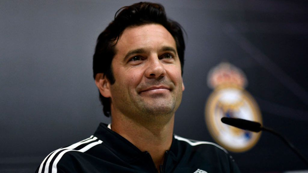 MADRID, SPAIN - OCTOBER 30:  Temporary coach of Real Madrid, Argentinian former player Santiago Solari, attends a press conference at the Ciudad Real Madrid facilities on October 30, 2018 in Madrid, Spain. Santiago Solari has been put in temporary charge of Real Madrid after Julen Lopetegui was sacked on October 29, 2018. Solari was the coach of Madrid's B team, Castilla.  (Photo by Europa Press/Europa Press via Getty Images)