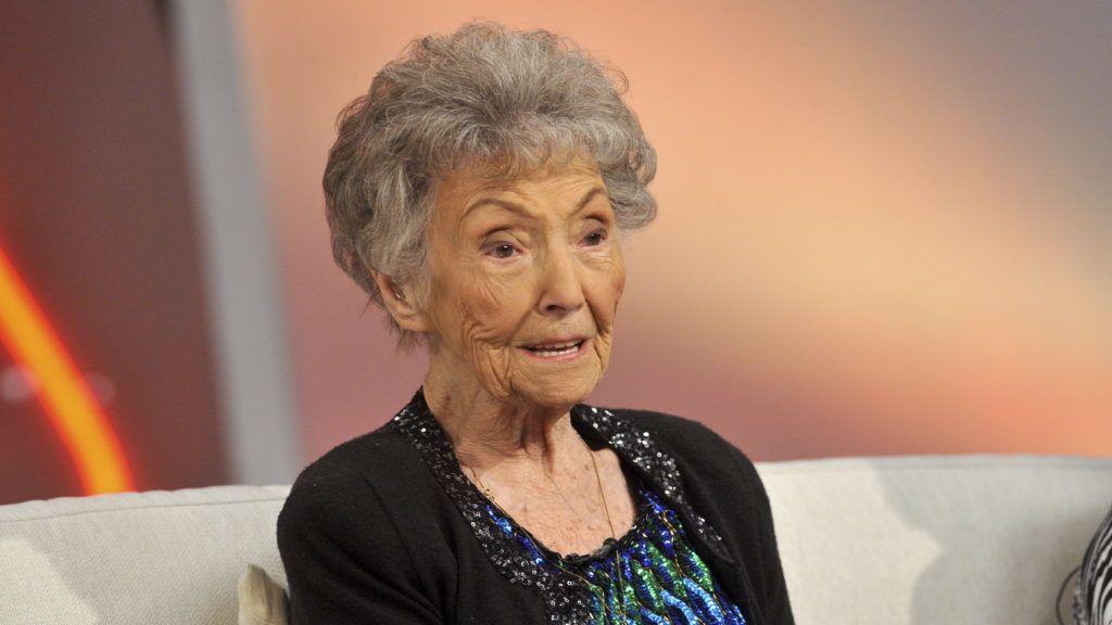 Budapest, 2016. január 27. A 101 éves Vereczkey Zoltánné Gyulányi Eugénia színésznő a Hogy volt!? című tv-műsor felvételén, az MTVA Kunigunda utcai gyártóbázisának stúdiójában. A műsorban a Szolnoki Szigligeti Színház előadásait, művészeit idézték meg. MTVA Fotó: Zih Zsolt