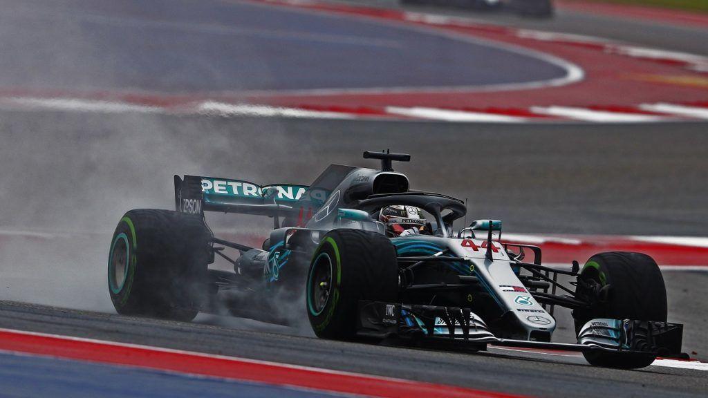 Austin, 2018. október 20. Lewis Hamilton, a Mercedes brit versenyzõje a Forma-1-es autós gyorsasági világbajnokság austini futamának, az Egyesült Államok Nagydíjának elsõ szabadedzésén 2018. október 19-én. A futamot október 21-én tartják. MTI/EPA/Larry W. Smith