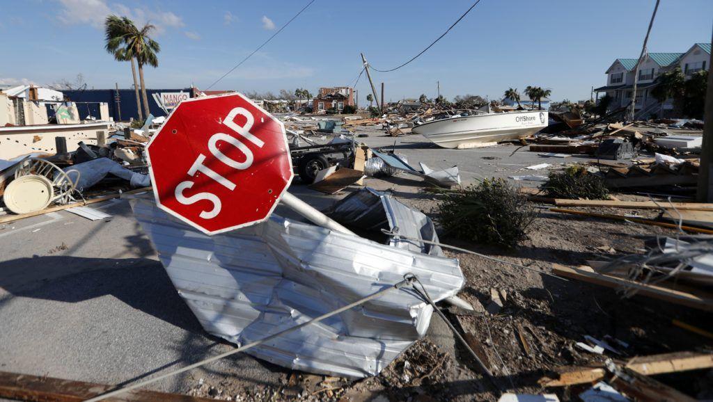 Mexico Beach, 2018. október 12. A Michael hurrikán pusztítása a floridai Mexico Beach üdülõvárosban 2018. október 11-én. A természeti katasztrófa Floridában, Georgiában és Észak-Karolinában eddig hét halálos áldozatot követelt. (MTI/AP/Chris O'Meara)