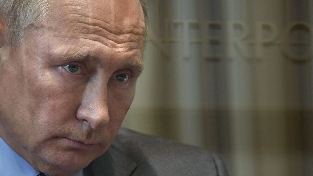 5706794 20.11.2018 November 20, 2018. Russian President Vladimir Putin during a meeting with Mikhail Mishustin, Head of the Federal Tax Service. Aleksey Nikolskyi / Sputnik