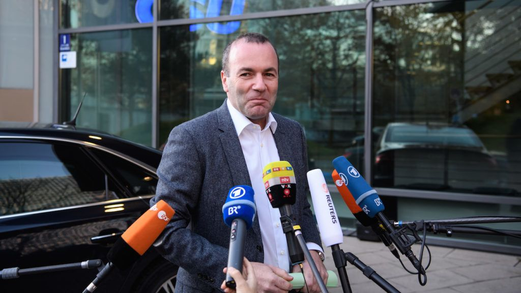 11 November 2018, Bavaria, M¸nchen: Manfred Weber (CSU), leader of the Group of the European People's Party (EPP) in the European Parliament, comes to the CSU headquarters for a CSU committee meeting. Photo: Sven Hoppe/dpa