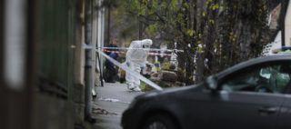 Budapest, 2018. november 21. Bûnügyi helyszínelõ a fõváros III. kerületében, ahol több lövéssel végeztek egy nõvel hajnalban 2018. november 21-én. A bûncselekménnyel gyanúsítható férfit a helyszín közelében elfogták. MTI/Mihádák Zoltán