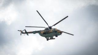 Brüsszel, 2018. július 11. A Miniszterelnöki Sajtóiroda által közzétett képen a magyar légierõ Mi-17-es helikoptere átrepül a brüsszeli NATO-székház felett a tagállamok helikopterkötelékének részeként a NATO kétnapos brüsszeli csúcsértekezletének elsõ napján, 2018. július 11-én. MTI Fotó: Miniszterelnöki Sajtóiroda / Botár Gergely