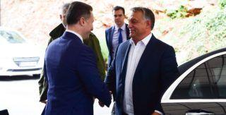 Ohrid, 2017. szeptember 28. Orbán Viktor miniszterelnök (j) és Nikola Gruevszki korábbi kormányfõ, az ellenzéki jobboldali Belsõ Macedón Forradalmi Szervezet - Macedón Nemzeti Egység Demokratikus Pártja (VMRO-DPMNE) vezetõje találkozója Ohridban 2017. szeptember 28-án. MTI Fotó: Balogh Zoltán