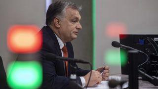 Budapest, 2018. november 9.Orbán Viktor miniszterelnök interjút ad a Jó reggelt, Magyarország! című műsorban Nagy Katalin műsorvezetőnek a Kossuth rádió stúdiójában 2018. november 9-én.MTI/Szigetváry Zsolt