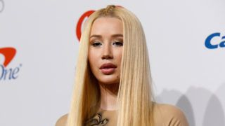 LAS VEGAS, NV - SEPTEMBER 21:  Iggy Azalea poses in the press room during the iHeartRadio Music Festival at T-Mobile Arena on September 21, 2018 in Las Vegas, Nevada.  (Photo by Tara Ziemba/FilmMagic)