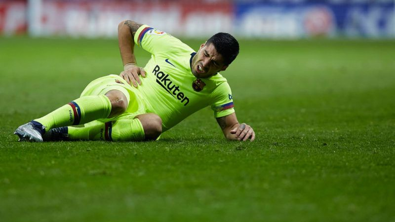 MADRID, SPAIN - NOVEMBER 24:  Luis Suarez of FC Barcelona reacts during the La Liga match between Club Atletico de Madrid and FC Barcelona at Wanda Metropolitano on November 24, 2018 in Madrid, Spain.  (Photo by Quality Sport Images/Getty Images)