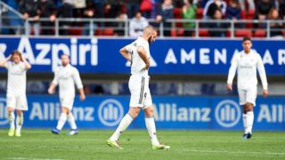 EIBAR, SPAIN - NOVEMBER 24: Karim Benzema of Real Madrid reacts during the La Liga match between SD Eibar and Real Madrid CF at Ipurua Municipal Stadium on November 24, 2018 in Eibar, Spain. (Photo by Juan Manuel Serrano Arce/Getty Images)