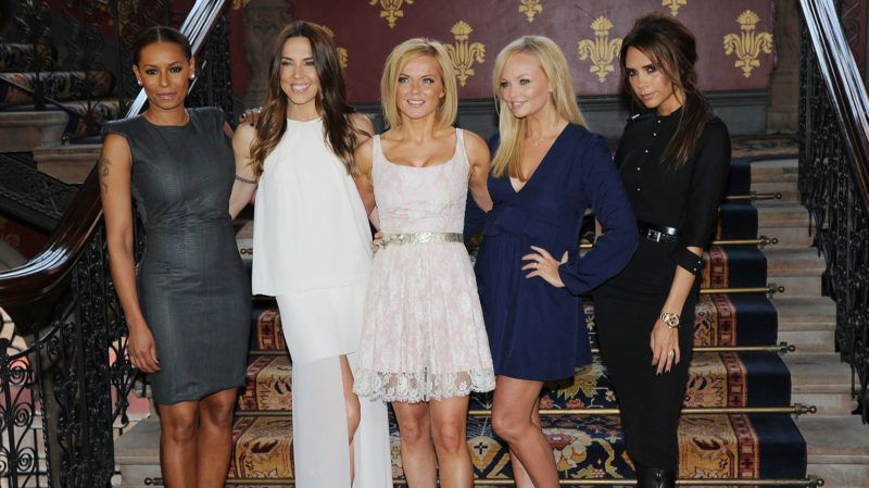 LONDON, UNITED KINGDOM - JUNE 26: Melanie Brown, Melanie Chisholm, Geri Halliwell, Emma Bunton and Victoria Beckham of the Spice Girls attend launch of new musical based on the Spice Girls' music at St Pancras Renaissance Hotel on June 26, 2012 in London, England. (Photo by Eamonn McCormack/WireImage)