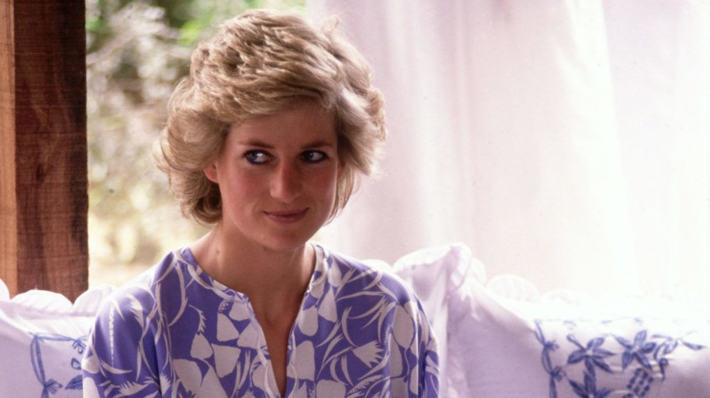SAUDI ARABIA - NOVEMBER:  Diana Princess of Wales at a desert picnic in Saudi Arabia in November 1986, during the Royal tour of Saudi Arabia. Diana wore an outfit by Catherine Walker. (Photo by David Levenson/Getty Images)
