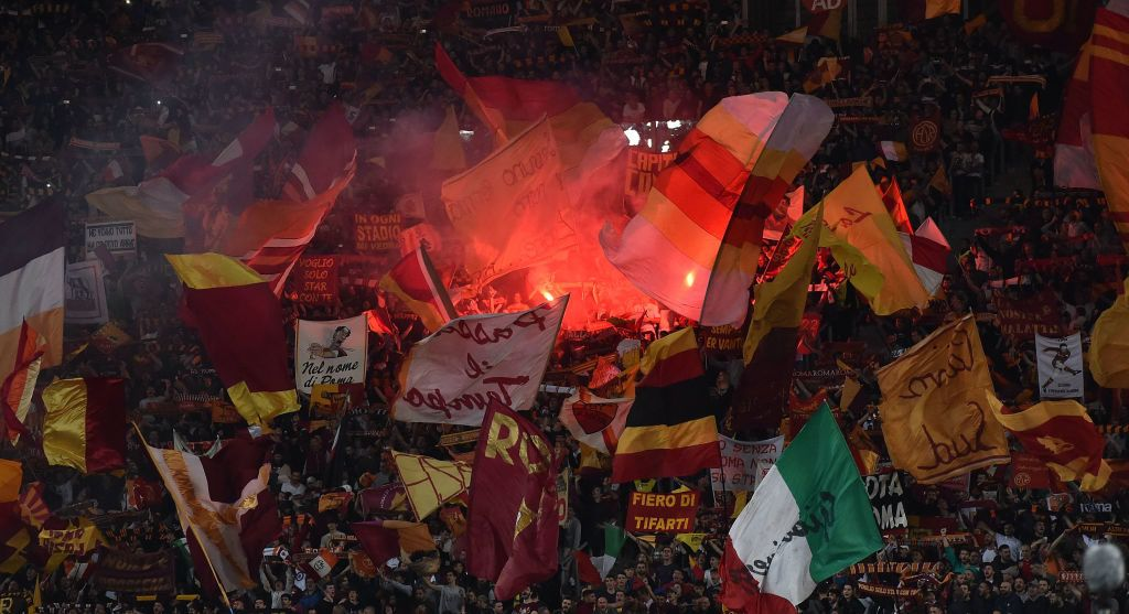 ROME, ITALY - MAY 02:  Fans of AS Roma during the UEFA Champions League Semi Final Second Leg match between A.S. Roma and Liverpool FC at Stadio Olimpico on May 2, 2018 in Rome, Italy.  (Photo by Giuseppe Bellini/Getty Images)
