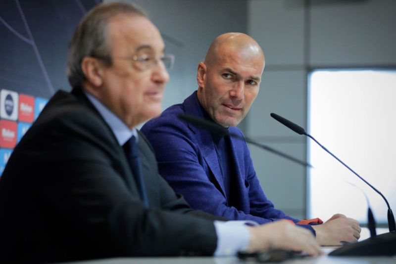 MADRID, SPAIN - MAY 31: Real Madrid CF president Florentino Perez (L) and Zinedine Zidane (R) attend a press conference to announce his resignation as Real Madrid coach at Valdebebas Sport City on May 31, 2018 in Madrid, Spain. Zidane steps down from the position of Manager of Real Madrid, after leading the club to it's third consecutive UEFA Champions League title. (Photo by Gonzalo Arroyo Moreno/Getty Images)
