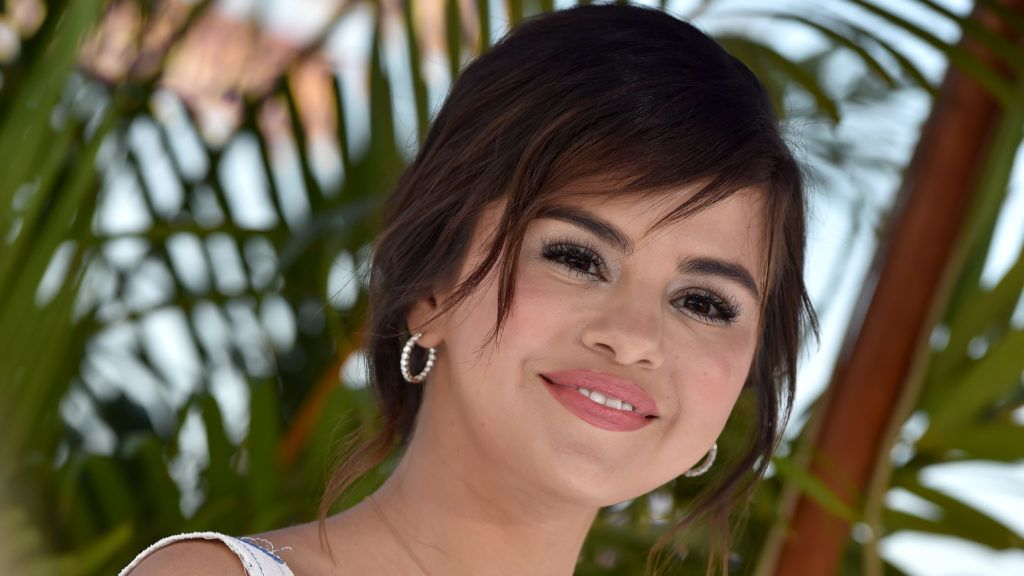 WESTWOOD, CA - JUNE 30:  Actress Selena Gomez attends Columbia Pictures and Sony Pictures Animation's World Premiere of 'Hotel Transylvania 3: Summer Vacation' at Regency Village Theatre on June 30, 2018 in Westwood, California.  (Photo by Axelle/Bauer-Griffin/FilmMagic)