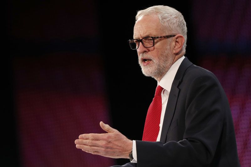 Britain's opposition Labour Party Leader Jeremy Corbyn  addresses delegates at the annual Confederation of British Industry (CBI) conference in central London, on November 19, 2018. (Photo by Adrian DENNIS / AFP)