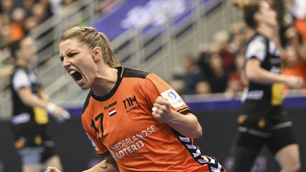 Netherlands' center back Nycke Groot celebrates during the Women Euro 2018 handball Championships group C preliminary round match between Spain and Netherlands on December 3, 2018 at the Axone arena in Montbeliard. (Photo by SEBASTIEN BOZON / AFP)