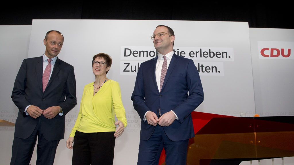 Friedrich MERZ, candidate for the CDU chairmanship, Annegret KRAMP-KARRENBAUER, candidate for the CDU chairmanship, Jens SPAHN, Federal Health Minister, candidate for the CDU presidency, at the stage, regional conference of the CDU in Duesseldorf, 28.11.2018. | Usage worldwide