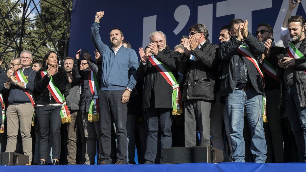 ROME, ITALY - DECEMBER 08: Lega party leader and Interior Minister Matteo Salvini (4th L) greets the crowd during a protest against European Union officials at Piazza del Popolo on December 8, 2018 in Rome, Italy. Primo Barol / Anadolu Agency