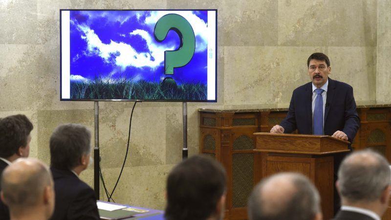 Budapest, 2018. december 7. Áder János köztársasági elnök beszédet mond a tízéves Nemzeti Fenntartható Fejlõdési Tanács ünnepi ülésén az Országházban 2018. december 7-én. MTI/Bruzák Noémi