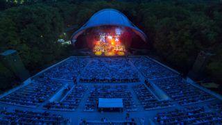 Budapest, 2018. június 11. A Quimby együttes és az Óbudai Danubia Zenekar koncertje a fennállásának 80. évfordulóját ünneplõ Margitszigeti Szabadtéri Színpadon 2018. június 10-én. MTI Fotó: Mohai Balázs
