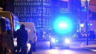 Strasbourg, 2018. december 11. Rohammentõ egy strasbourgi karácsonyi vásár közelében, ahol lövöldözés történt 2018. december 11-én. A támadásban ketten meghaltak, tizenegyen megsebesültek. Az elkövetõ, akit már azonosítottak, szökésben van. MTI/EPA/L'Alsace/Maxppp