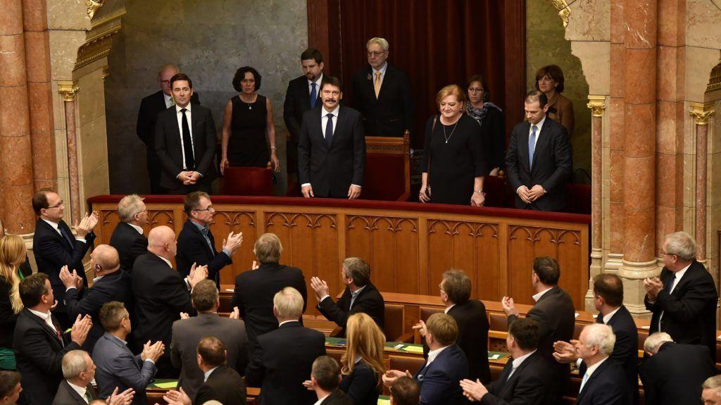 Budapest, 2018. december 12. Áder János köztársasági elnök (k) az Országgyûlés plenáris ülésén 2018. december 12-én. MTI/Illyés Tibor