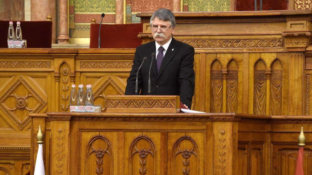 Budapest, 2018. december 8. Kövér László, az Országgyûlés elnöke beszédet mond a lengyel állam függetlensége visszaszerzésének centenáriuma alkalmából tartott ünnepségen az Országház Felsõházi üléstermében 2018. december 8-án. MTI/Bruzák Noémi