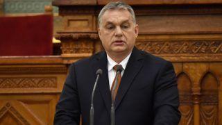 Budapest, 2018. december 11. Orbán Viktor miniszterelnök beszédet mond az Antall József néhai miniszterelnök halálának 25. évfordulója alkalmából rendezett Küldetés és szolgálat címû emlékkonferencián az Országház Felsõházi üléstermében 2018. december 11-én. MTI/Illyés Tibor