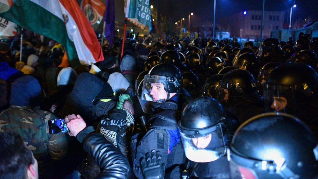 Az utolsó rabszolgafelkelés Orbán Viktor ellen