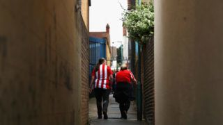GILLINGHAM, UNITED KINGDOM - AUGUST 22:  Sunderland fans are seen outside the stadium prior to the Sky Bet League One match between Gillingham and Sunderland at Priestfield Stadium on August 22, 2018 in Gillingham, United Kingdom.  (Photo by Naomi Baker/Getty Images)