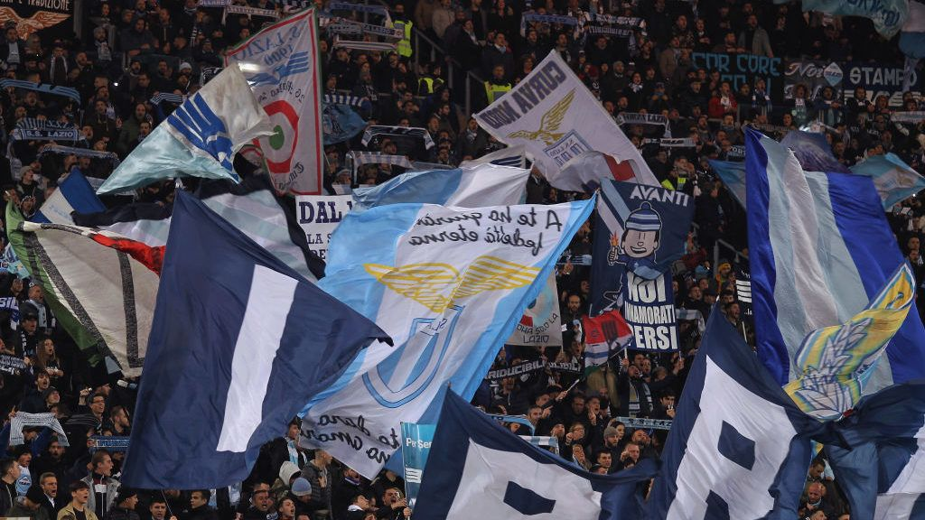 ROME, ITALY - DECEMBER 08:  SS Lazio fans during the Serie A match between SS Lazio and UC Sampdoria at Stadio Olimpico on December 8, 2018 in Rome, Italy.  (Photo by Paolo Bruno/Getty Images)