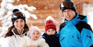FRENCH ALPS, FRANCE - MARCH 3: (NEWS EDITORIAL USE ONLY. NO COMMERCIAL USE.  NO MERCHANDISING) Catherine, Duchess of Cambridge and Prince William, Duke of Cambridge, with their children, Princess Charlotte and Prince George, enjoy a short private skiing break on March 3, 2016 in the French Alps, France. (Photo by John Stillwell - WPA Pool/Getty Images)  (TERMS OF RELEASE - News editorial use only - it being acknowledged that news editorial use includes newspapers, newspaper supplements, editorial websites, books, broadcast news media and magazines, but not (by way of example) calendars or posters.)