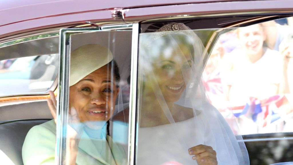 WINDSOR, ENGLAND - MAY 19:  Meghan Markle (R) with her mother Doria Ragland arrives at Windsor Castle ahead of her wedding to Prince Harry on May 19, 2018 in Windsor, England. Prince Henry Charles Albert David of Wales marries Ms. Meghan Markle in a service at St George's Chapel inside the grounds of Windsor Castle. Among the guests were 2200 members of the public, the royal family and Ms. Markle's Mother, Doria Ragland.  (Photo by Karwai Tang/WireImage)