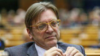 Brüsszel, 2018. február 28. Guy Verhofstadt, az Európai Parlament Brexit-ügyi referense az EP brüsszeli plenáris ülésén 2018. február 28-án. (MTI/EPA/Stephanie Lecocq)