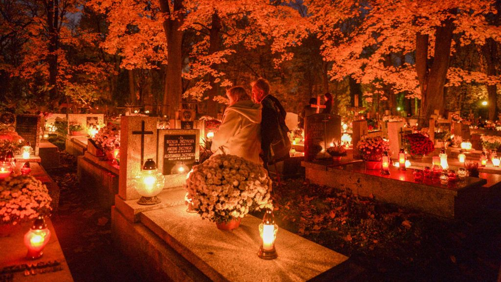 All Saints' Day celebration in Rakowicki Cemetery in Krakow.On the 1st November, All Saints Day, many people pay respects to dead family members, clean their family tombs, and many flowers and candles are placed on top of tombs. The 1st of November in Poland is a day off from work, and many people travel to visit the graves of their loved ones. On Thursday, November 1, 2018, in Krakow, Poland. (Photo by Artur Widak/NurPhoto)