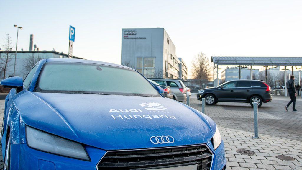 Image: 73860138, Az Audi Hungária Független Szakszervezet bértárgyaló delegációja kedden négy tárgyalási fordulón vett részt a munkáltatói oldallal, a tárgyalások nem vezettek megállapodáshoz — közölte a szakszervezet honlapján., Place: Győr, Hungary, License: Rights managed, Model Release: No or not aplicable, Property Release: Yes, Credit: smagpictures.com