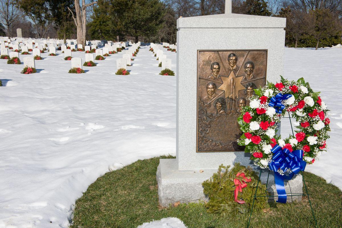 Emlékmű az Arlingtonban található Nemzeti Temetőben Fotó: Aubrey Gemignani / NASA