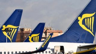 Passenfer planes bearing the Ryanair Irish low-cost airline livery, are pictured at Rome's Ciampino airport on January 14, 2019. (Photo by Alberto PIZZOLI / AFP)