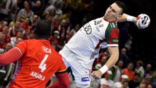 Koppenhága, 2019. január 13. Bodó Richárd (j) és az angolai Gabriel Teca a német-dán közös rendezésû férfi kézilabda-világbajnokság csoportkörének 2. fordulójában játszott Magyarország - Angola mérkõzésen Koppenhágában 2019. január 13-án. MTI/Illyés Tibor